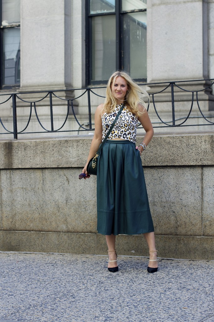 Animal print crop top-NYFW-tibi leather skirt-Schutz-Outfit inspiration 11