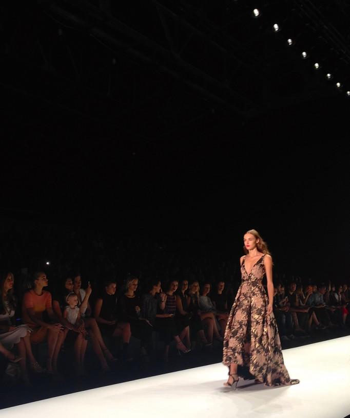 Badgley Mischka-NYFW SS16-Runway-Behind the scenes-Fashion Week 2