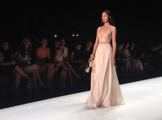 Badgley Mischka-NYFW SS16-Runway-Behind the scenes-Fashion Week 4
