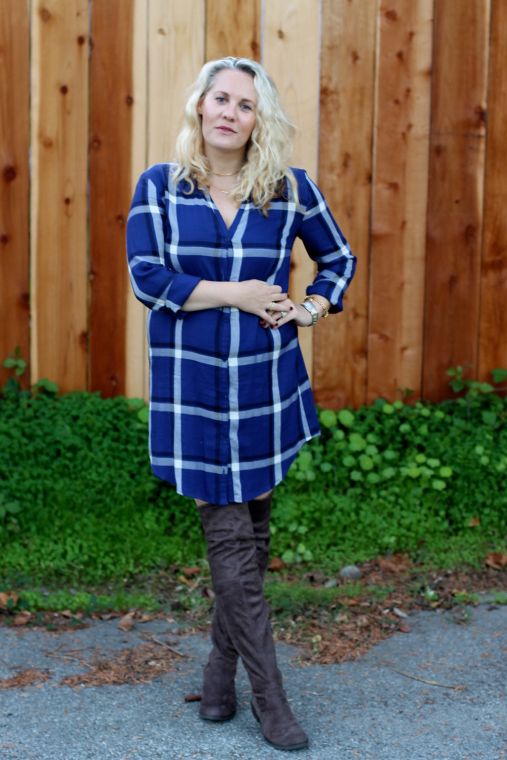 cupcakes-and-cashmere-plaid-shirtdress-outfit-inspiration-fall-fashion-mom-style-have-need-want-7