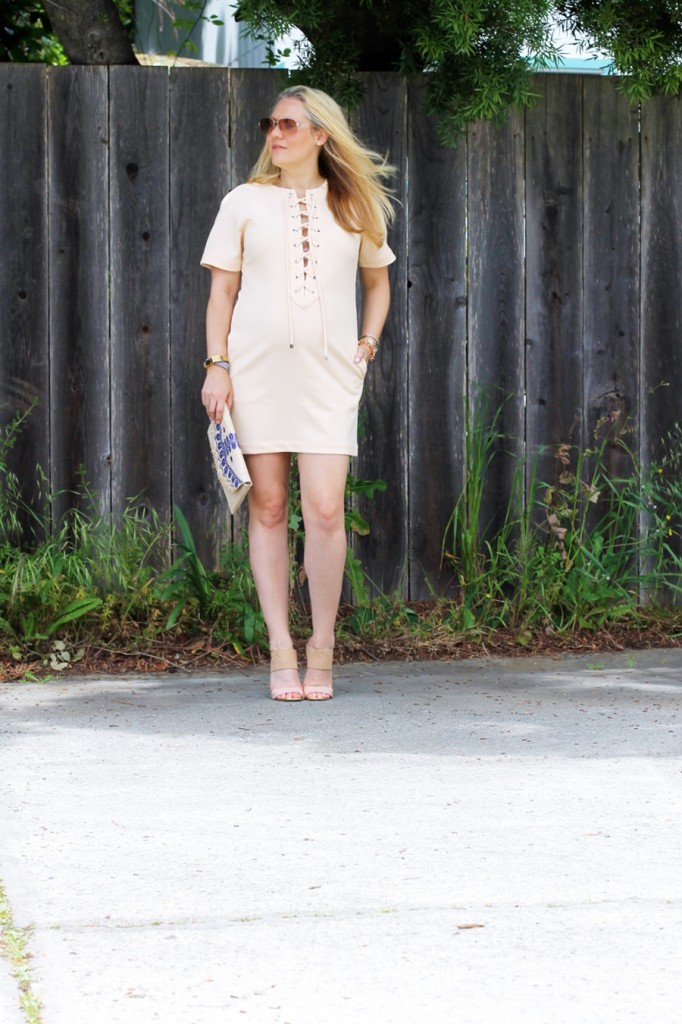 english-factory-lace-up-dress-bay-area-blogger-outfit-inspiration-maternity-style-stella-dot-clutch-summer-style-pregnancy-style-have-need-want-9