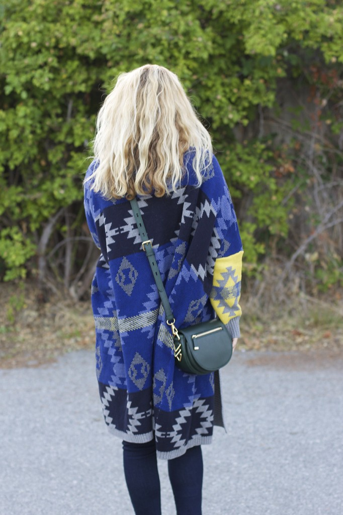 Fall Fashion Inspiration, Blanket Sweater, Rent the Runway Unlimited, Target Style, Fashion Blogger, Aztec Blanket Sweater 6