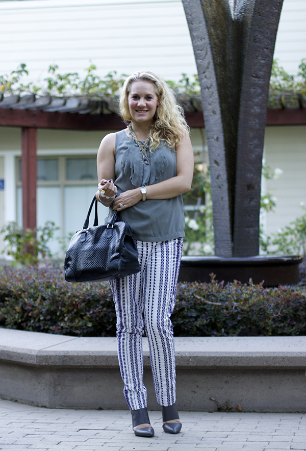 fashion blogger, Bay area blogger, work week, outfit, sole society, shades of grey