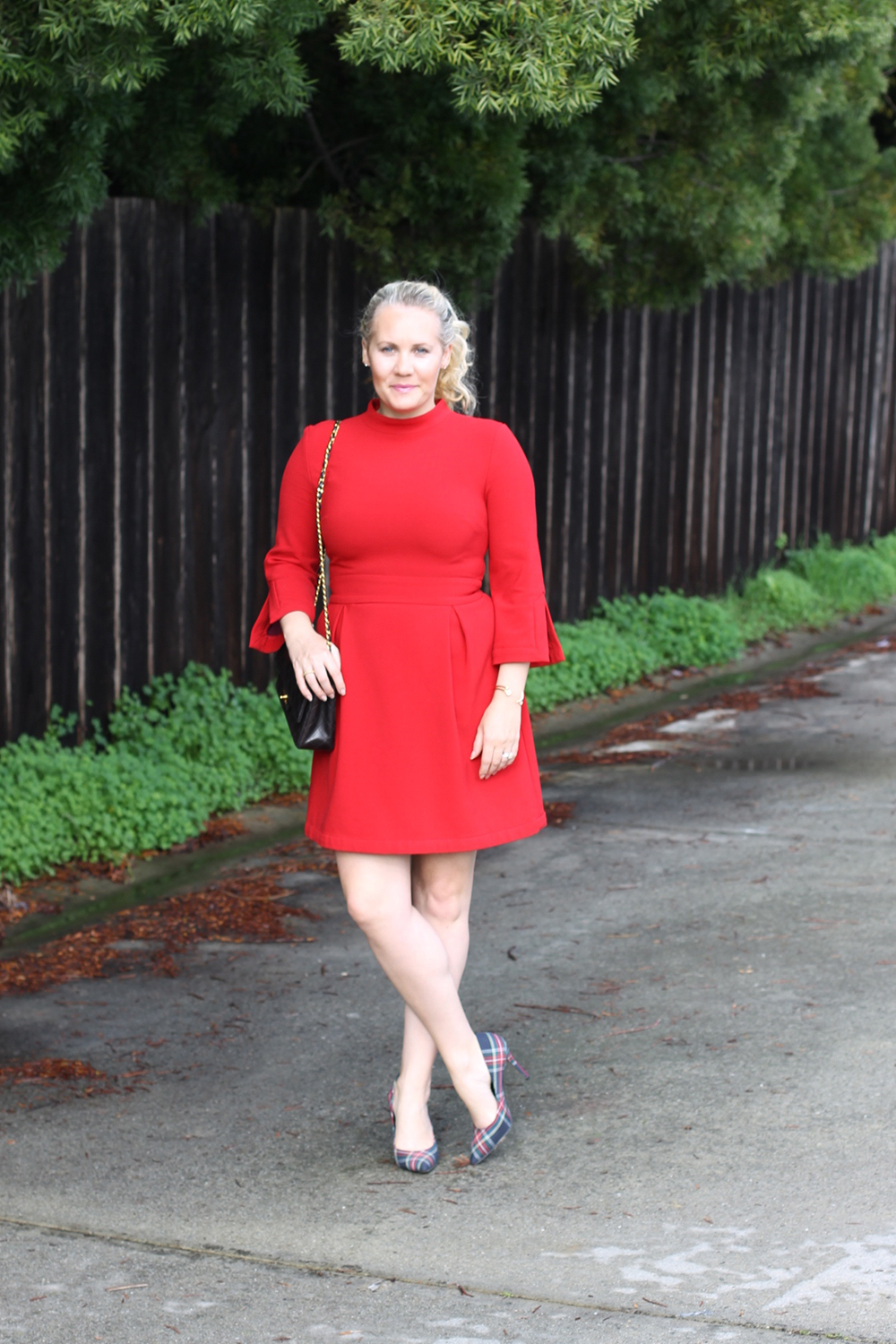 nicole-miller-lady-in-red-red-dress-holiday-style-outfit-inspiration-have-need-want-7