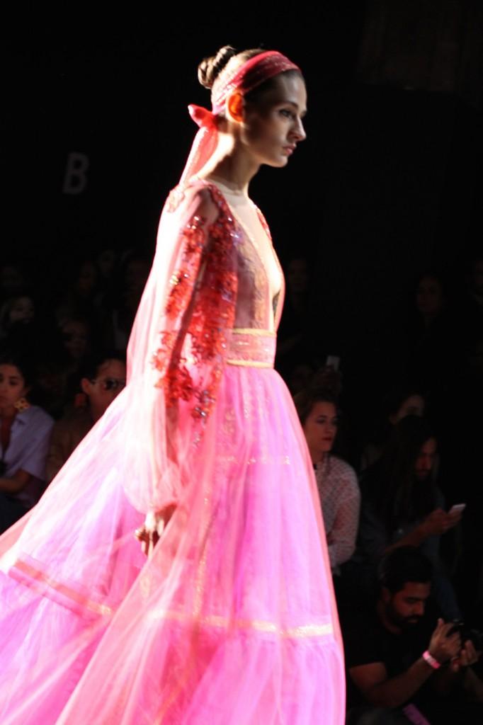 Reem Acra-SS16-NYFW-Runway-Behind the scenes-Fashion Blogger-Bay Area Fashion Blogger-Reem Acra Collection 6