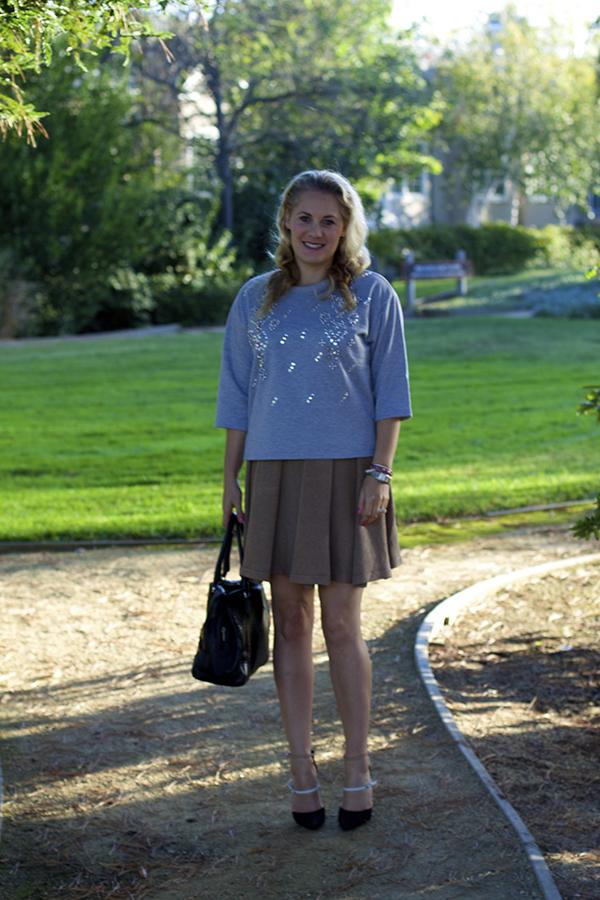 embellished sweatshirt, embellished details, outfit inspiration, fashion blogger, bay area blogger
